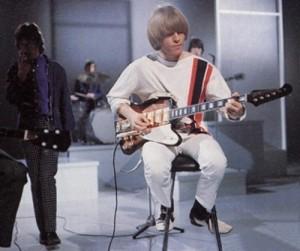 Brian Jones (Rolling Stones) con una Firebird V.